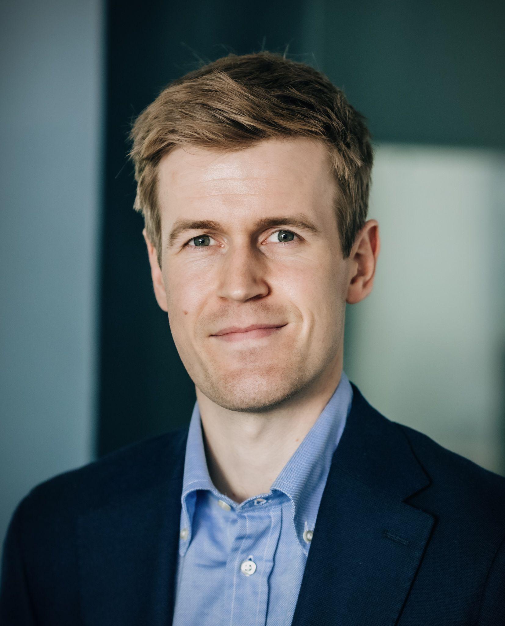 Lars J Berg Byenstuen